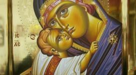 Παναγία η Γλυκοφιλούσα σε στιλβωτο χρυσο
